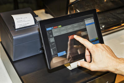 Restaurant POS terminal with receipt printer
